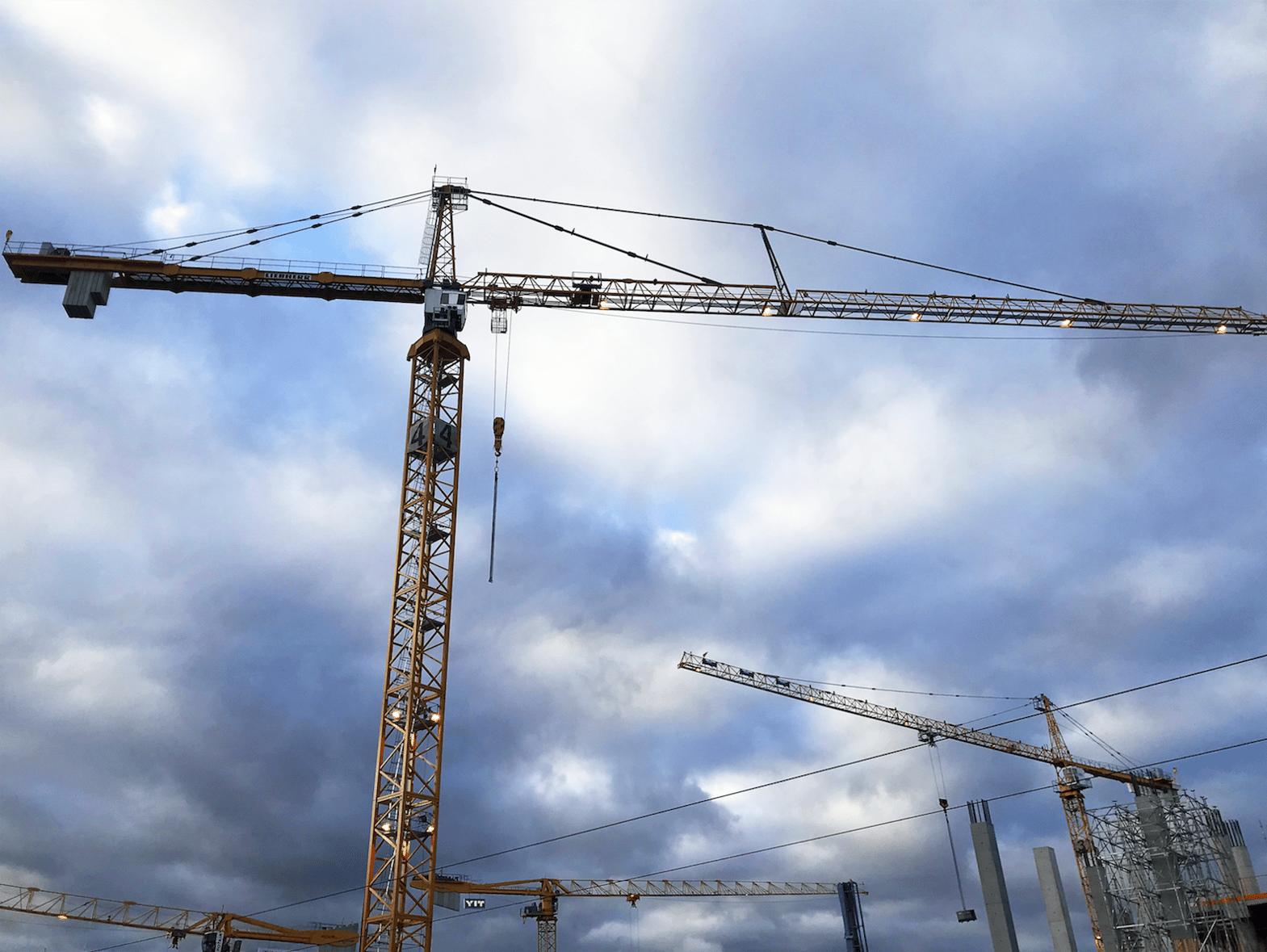 Rakennuskurjet työmaalla