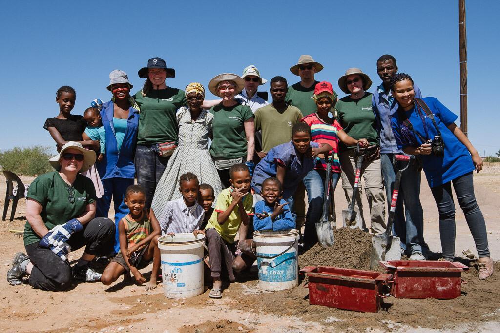 Ryhmäytymistä paikallisen yhteisön kanssa - Operaatio Juuriharja
